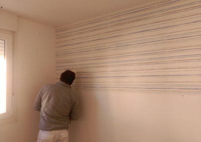 Pintor de Decopinturas  en habitación piso