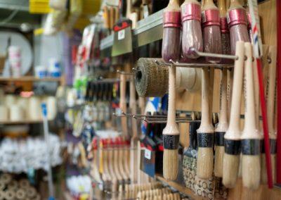 Interior tienda de pintura y decoración